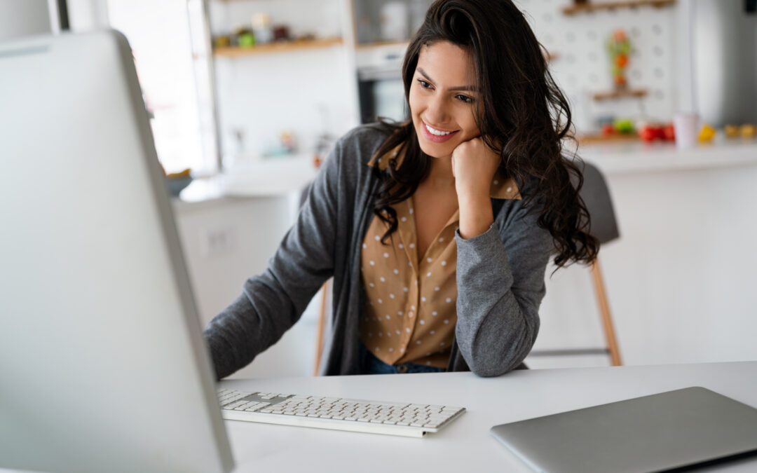 zdjęcie kobieta w biurze